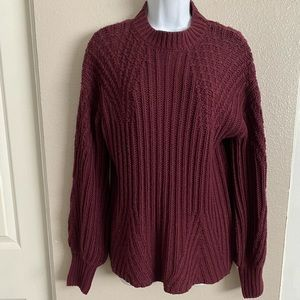 Comfy knit plum sweater. Size S. Fall/winter